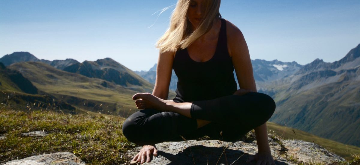 YOGA | MOUNTAINS | LOVE
